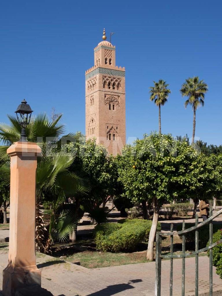 Koutoubia minaret built by yacoub el mansour marrakesh for Carrelage yacoub el mansour
